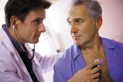 человек, обнаруживший первые признаки воспаления легких, должен обратиться к доктору в течение 8 часов
