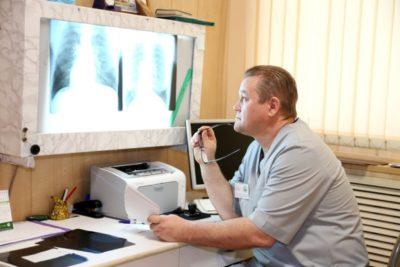 если пневмония, развившаяся после инсульта, была установлена не своевременно, то развивается интоксикация