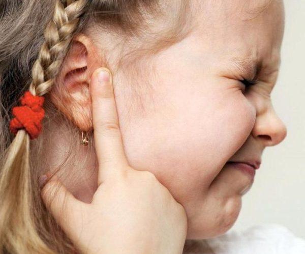 Воспаление ухо ребенок
