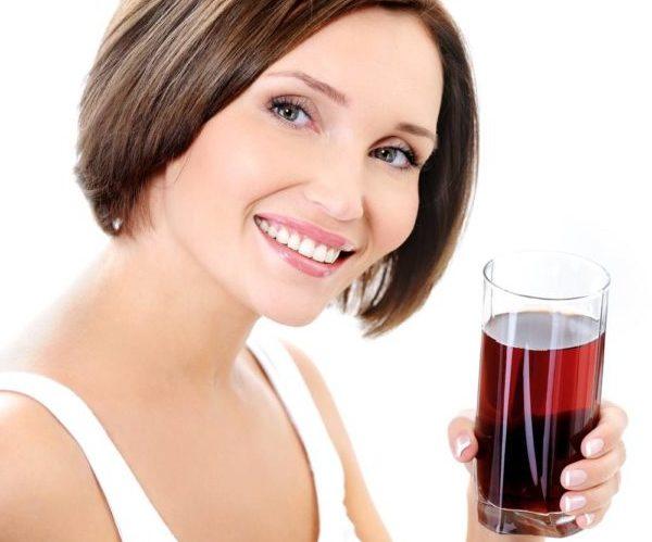 Женщина сок