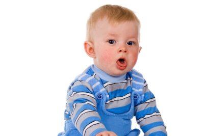 частый изнуряющий приступообразный кашель является одним из симптомов пневмонии