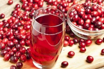 цистит быстро исчезает, если регулярно пить клюквенный сок