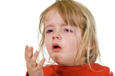 кашель у ребенка нередко появляется только на пятые-шестые сутки