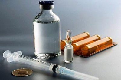 в начале заболевания нужно делать инъекции, а потом уже переводить пациента на таблетированные формы