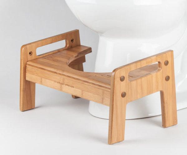 Унитаз со скамеечкой
