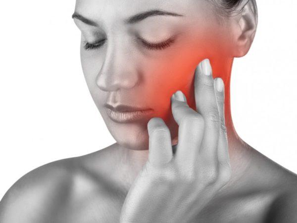 Повреждение нерва при удалении зуба мудрости симптомы