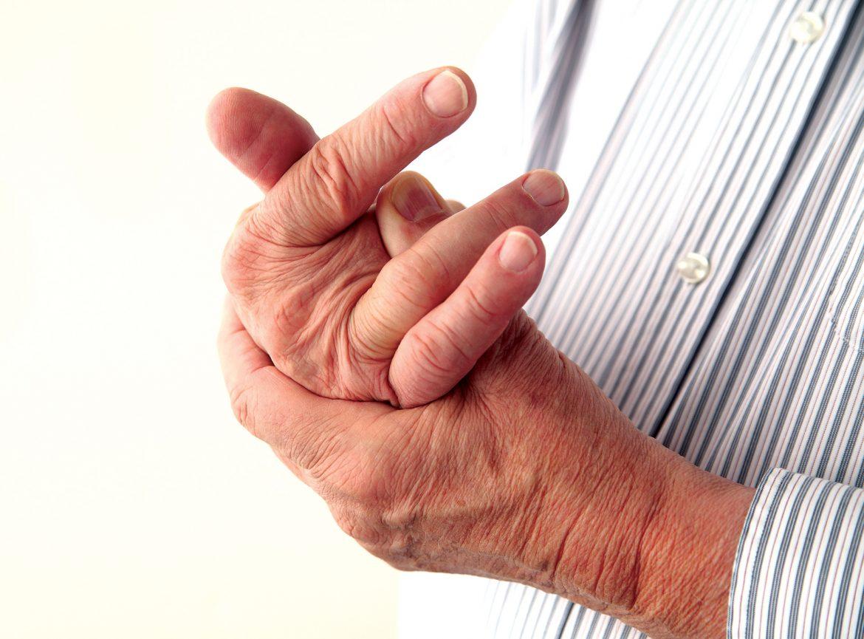 Болят руки